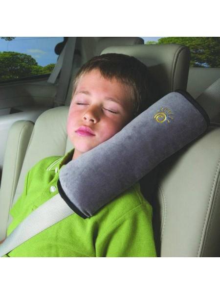 Дорожная подушка на ремень безопасности в авто