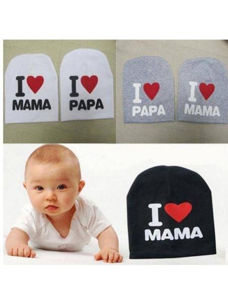 Детская шапочка с надписью I Love Mama & Papa