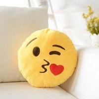 Плюшевые подушки смайлики