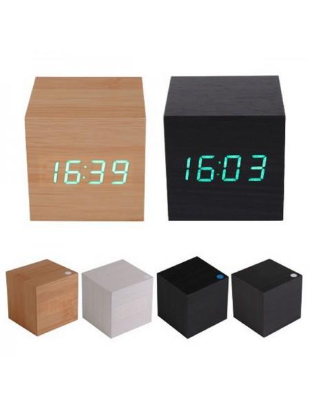 Деревянные настольные часы в форме куба