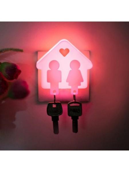 Светящаяся ключница для влюбленных