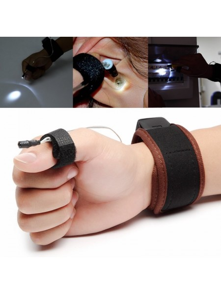 Многофункциональный фонарик на запястье руки