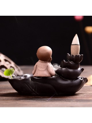 Керамическая горелка для конусов благовония с монахом