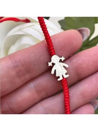 Симпатичный браслет на руку красная нить