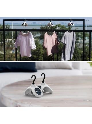 Солнечная вешалка с функцией автовращения ускорит сушку одежды и белья