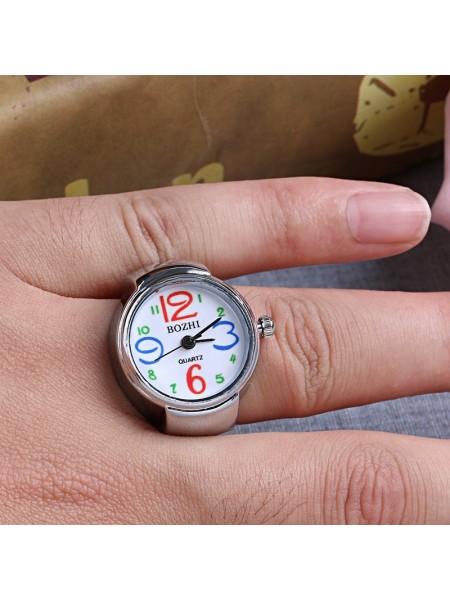 Женские часики в форме кольца